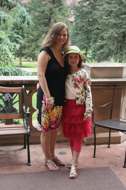Ashley and olivia at glen eyrie
