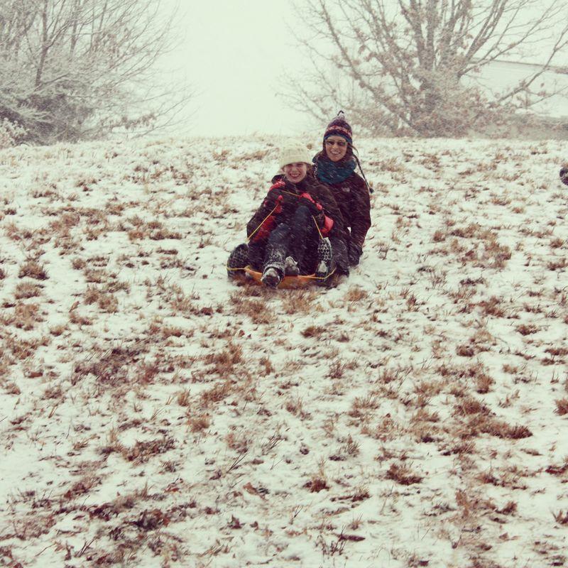 O and a sled