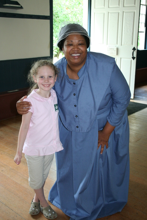 Olivia with Donna the Shaker singer