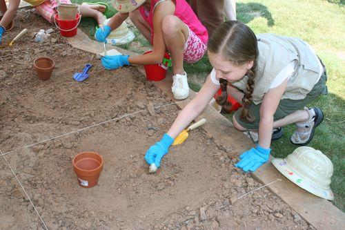 Olivia digging